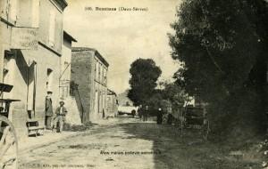 Bessines - Le bourg. Marais poitevin