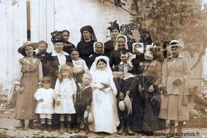 Une photo d'une communion certainement pendant la guerre 14/18