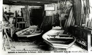 Charpentier en bateaux à Magné Mr Deborde