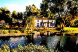 Coulon La Maison aux volets bleus